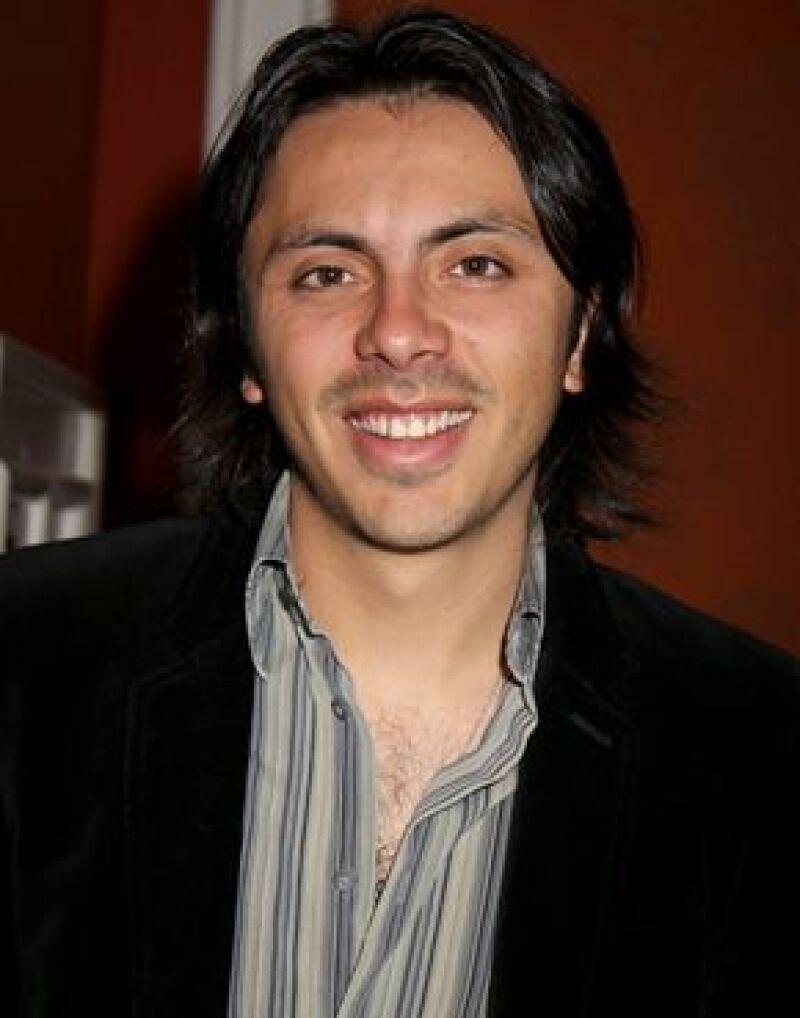Michelle Castro, hermano del cantante mexicano, dirigió el videoclip de su nuevo sencillo titulado: No me digas. La producción se realizó en las playas de Acapulco.