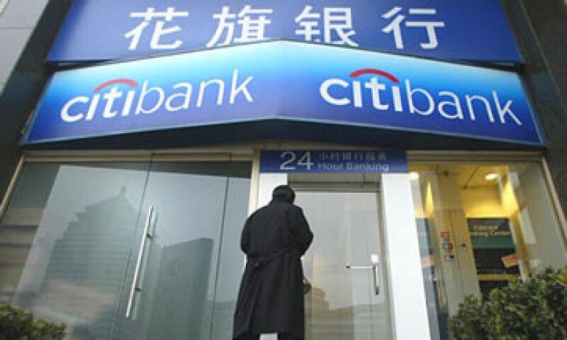 Mastercard calcula que China tendrá 1,100 millones de tarjetas de crédito en circulación en 2025. (Foto: AP)