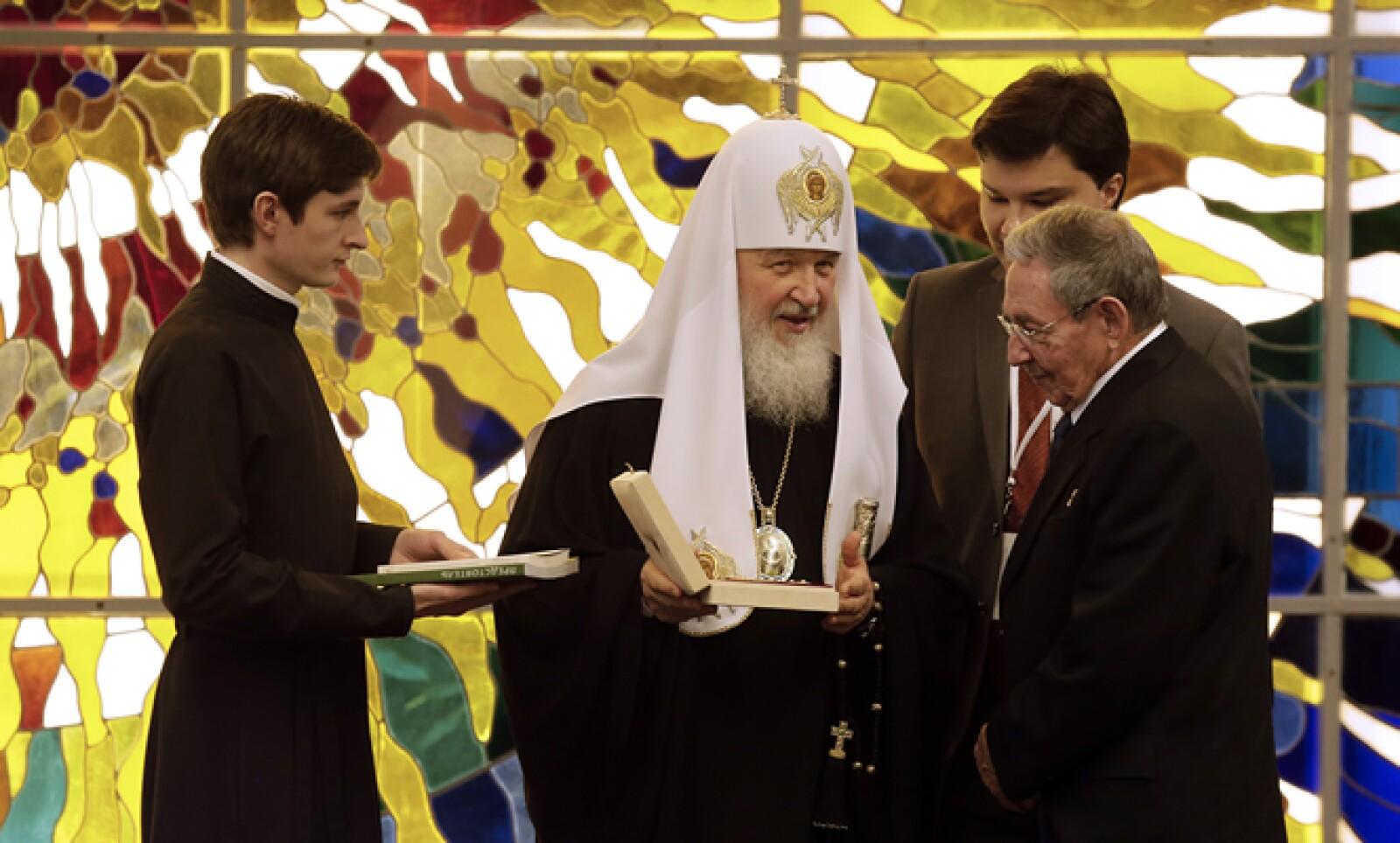 El presidente de Cuba fue quien organizó el encuentro entre ambas figuras eclesiásticas.