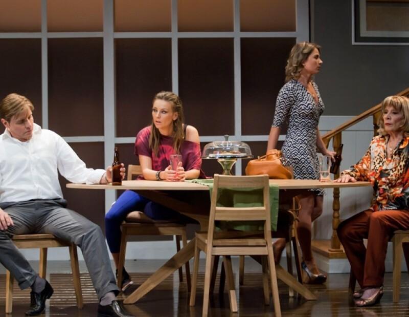 La noche del lunes, Mario Iván Martínez, Dominika y Ludwika Paleta, e Isela Vega ofrecieron actuaciones poderosas, que lo mismo conmovieron y divirtieron al público.