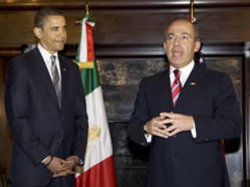 Obama y Claderon sostuvieron este lunes su primer encuentro en Washington. (Foto: Reuters)