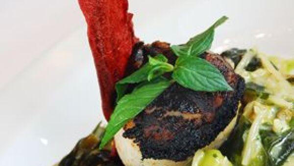 Sus especialidades y menús de degustación lo han convertido en un clásico de la Zona Rosa.