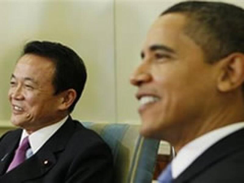 Los presidentes de Japón y Estados Unidos se reunieron en el Salón Oval de la Casa Blanca. (Foto: AP)