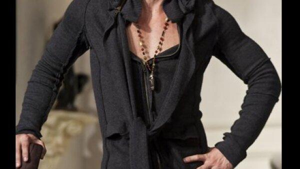 El actor cubano protagoniza la obra Un amante a la medida.