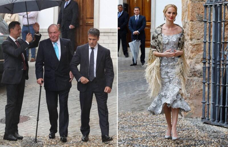 El rey Juan Carlos y Lauren Santo Domingo fueron captados a su llegada a la iglesia.