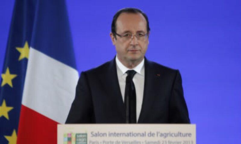 Los recortes se prevén en el presupuesto estatal, local y en la seguridad social, según el presidente Hollande. (Foto: AP)