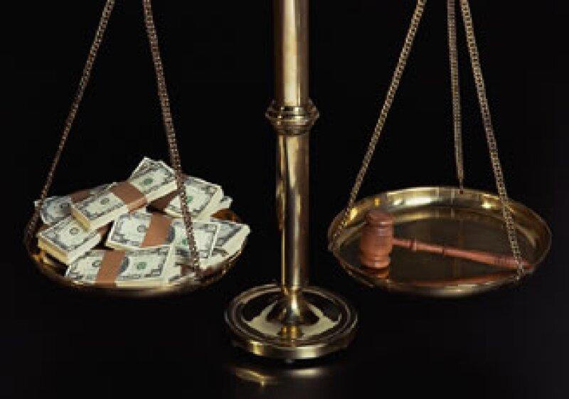 Uno de cada cinco ejecutivos aseguró que ha perdido negocios debido a los sobornos, según TI. (Foto: Jupiter Images)