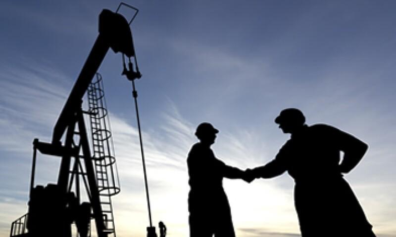 La CNH ofrecerá cinco áreas contractuales para elevar la producción de hidrocarburos. (Foto: iStock by Getty)
