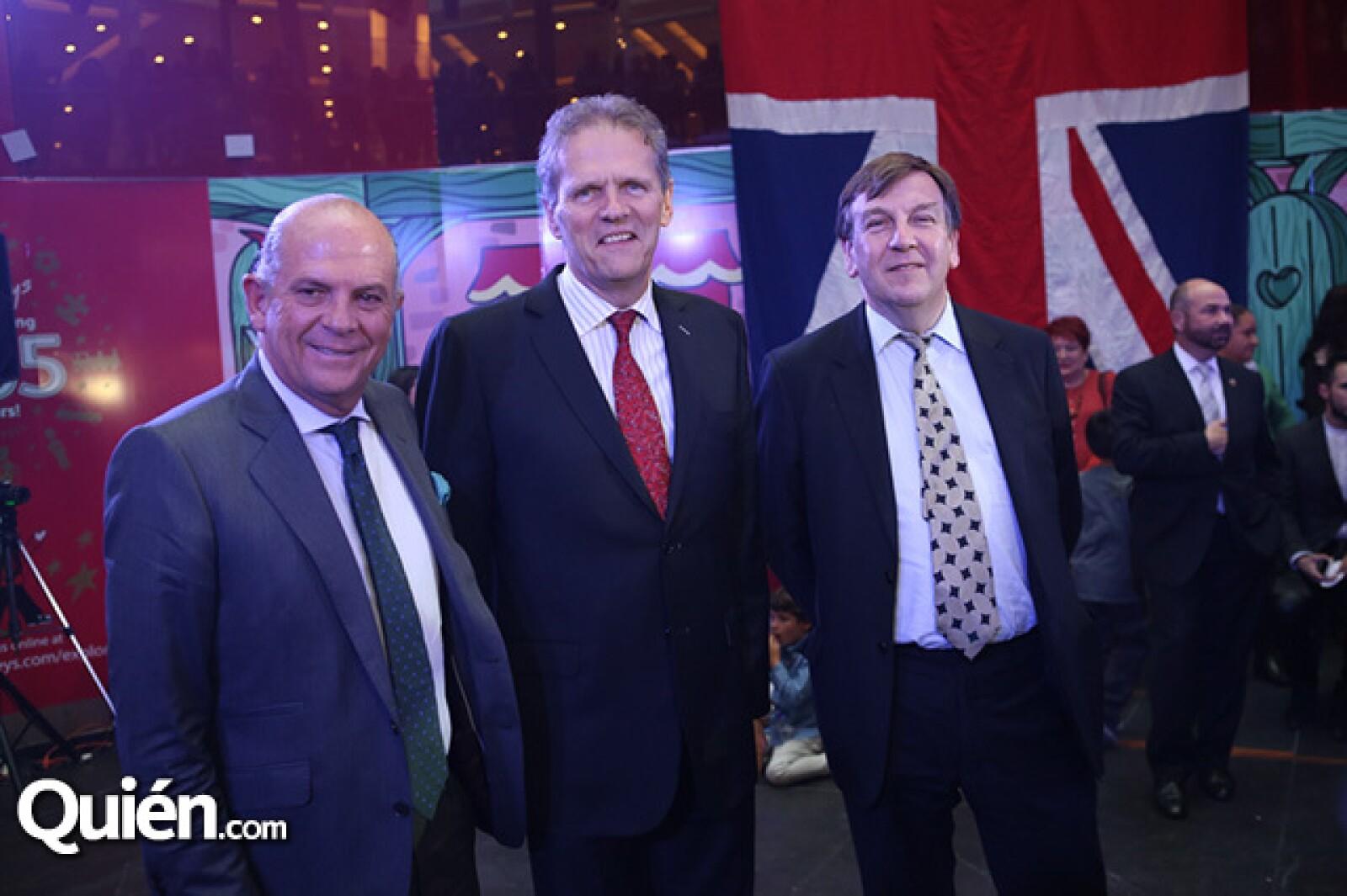 Javier Sordo Madaleno, Duncan Teylor y Johan Whittingdale