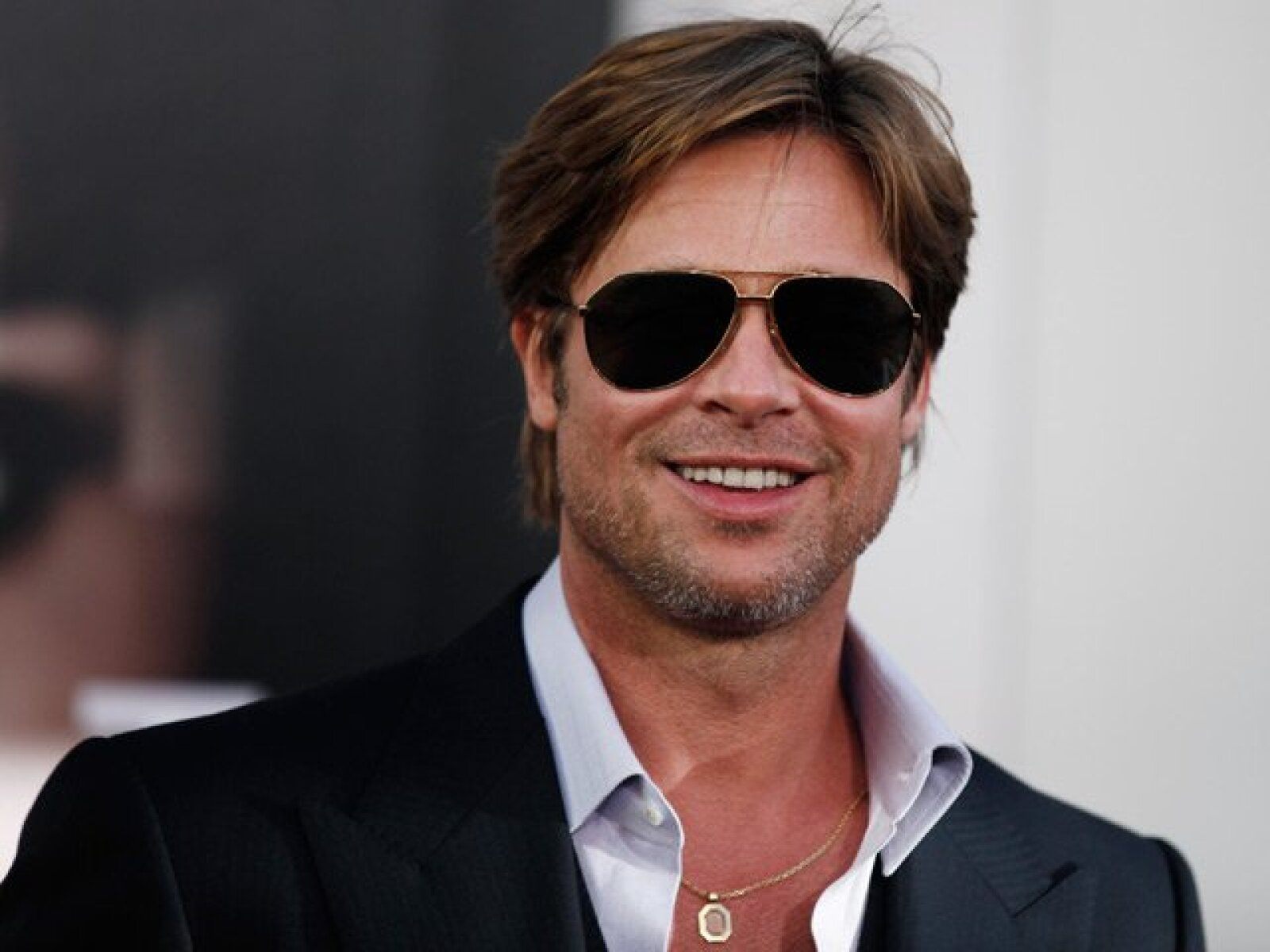 Brad Pitt. El guapo actor de Hollywood estaba estudiando Diseño Gráfico y Periodismo.