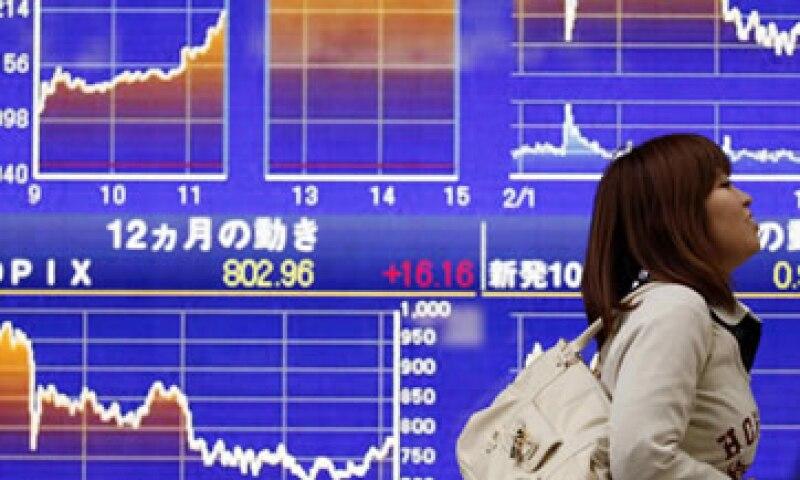 La deuda total del país asiático, en relación a su PIB, asciende a 235%. (Foto: Reuters)