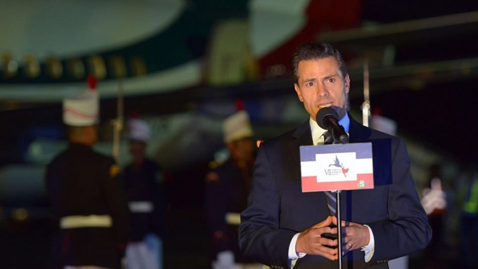 EPN llega cumbre en Panamá