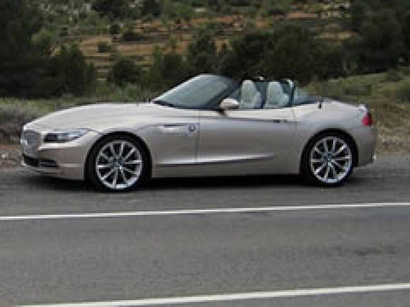 Los inventarios de BMW cayeron por una reducción de un tercio en la producción. (Foto: Autocosmos)