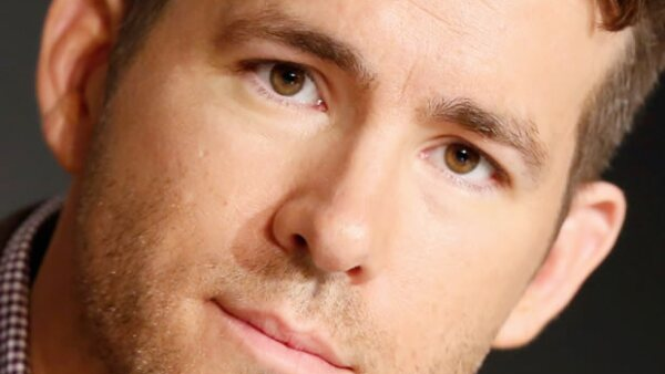 El guapo actor se sumó a la red social y obviamente no puede faltar en tu timeline. ¿No estás segura de seguirlo? Aquí las razones por las que lo debes de hacer.