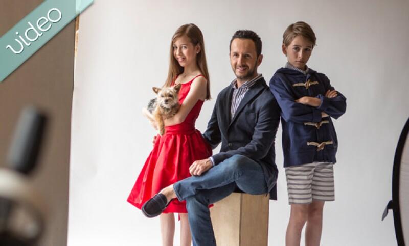 Desde la intimidad de su casa, Oscar Madrazo posó junto a sus hijos Anyk y Axel para Quién.
