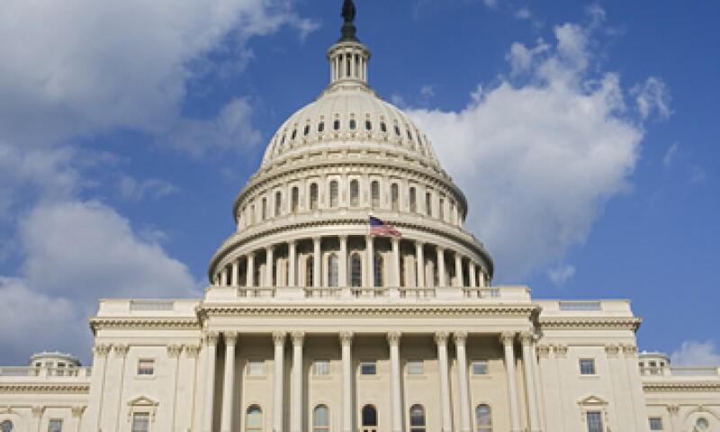 El líder de la minoría en el Senado, el republicano Mitch McConnell, invitó a Obama a reunirse con los senadores de ese partido en el Capitolio. (Foto: Photos to go)