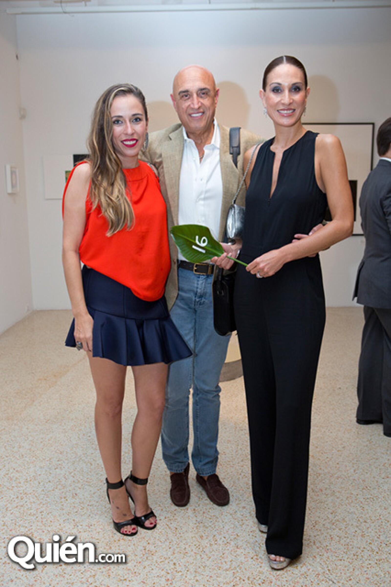 Roberta Lobeira,Pedro Torres y Roberta López Negrete