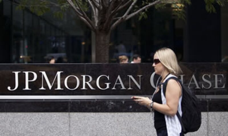El banco quedó bajo la lupa por las pérdidas generadas por la Ballena de Londres. (Foto: Reuters)