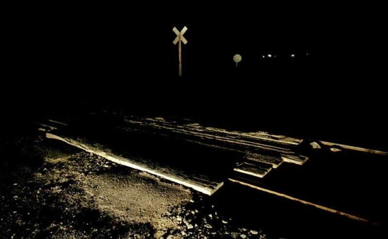 Título: Sin Título, de la serie Dédalo Autor: Nicola Lorusso Técnica: Fotografía Análoga Medidas: 114 x 186 cm Año: 2004.