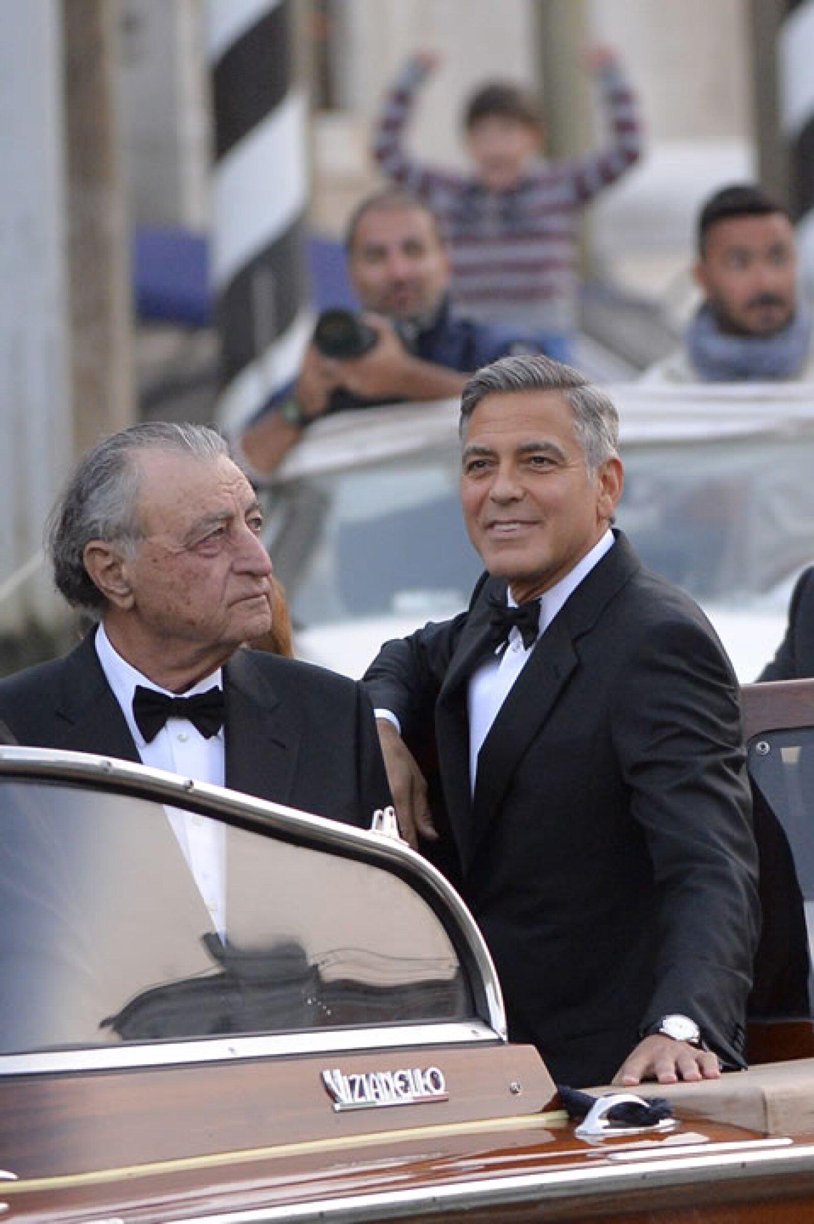 George Clooney fue visto llegando a `Aman Resort´, lujosa locación de su boda con la abogada británica Amal Alamuddin.