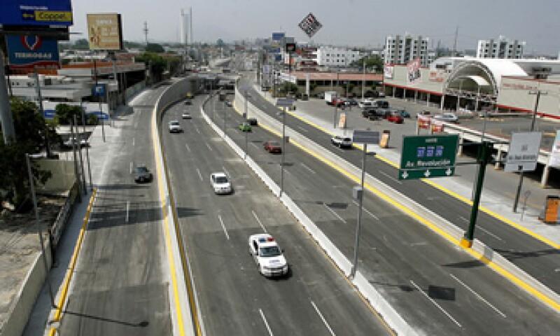 Las nomenclaturas serán concesionadas por cuatro años y 11 meses a empresas de publicidad. (Foto: portal.monterrey.gob.mx)