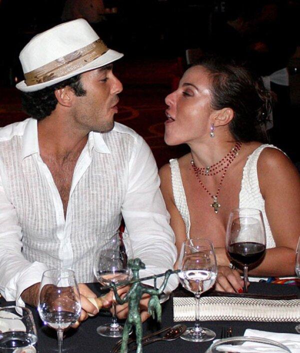Kate y Aarón instalaron su residencia de casados en Los Ángeles, California.