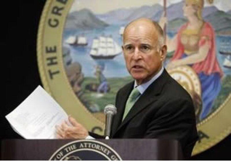 El abogado general de California, Edmund Brown Jr, pidió el lunes a la agencia Moody's que explique su papel en la crisis.  (Foto: Reuters)