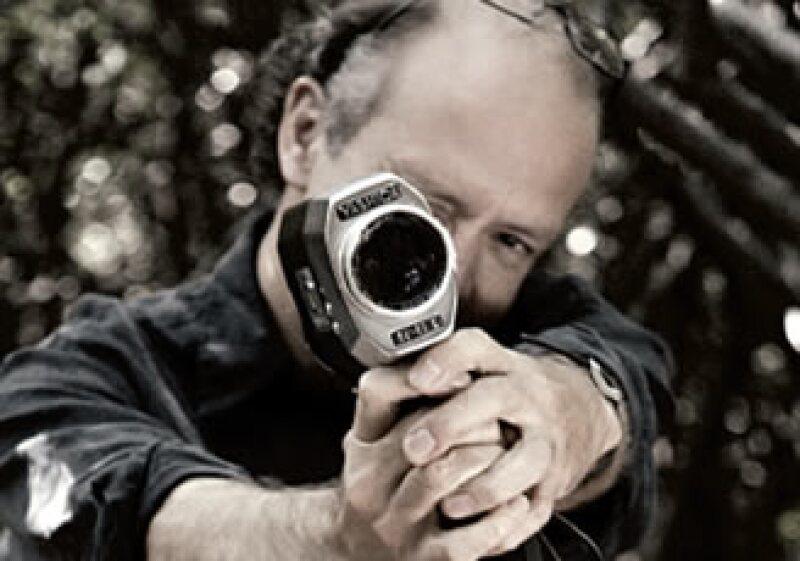 """Juan Carlos Rulfo ha dirigido también """"En el hoyo"""" (2006) y """"Del olvido al no me acuerdo"""" (1999), entre otras películas. (Foto: Luis Delfín/ Producción: Max Olvera)"""
