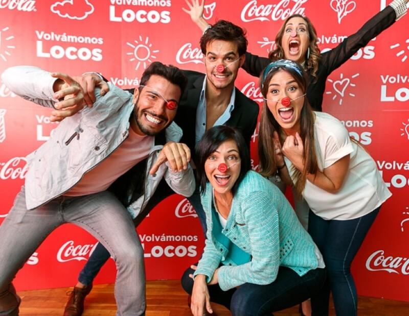 El médico y activista social estadounidense visitó nuestro país como parte del movimiento `Volvámonos Locos´ de Coca-Cola y habló sobre su filosofía `del payaso´ que ha llevado a 71 países.