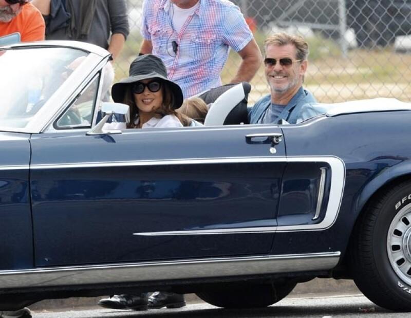 """La veracruzana robó las miradas en una locación en Los Ángeles mientras filmaba su nueva película """"How to Make Love Like an Englishman""""."""