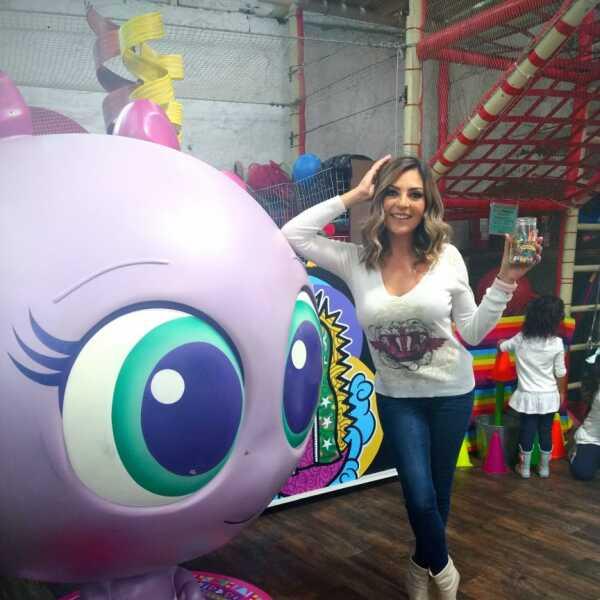 La cantante Mariana Ochoa fue otra de las invitadas