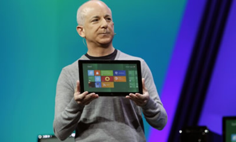 El nuevo sistema Windows 8 se parece al sistema operativo para smartphones de Microsoft, Windows Phone 7. (Foto: Reuters)