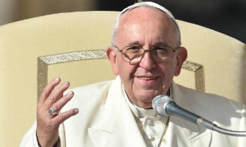 El papa Francisco sostendrá una reunión diplomáticas con Peña Nieto. (Foto: AFP)