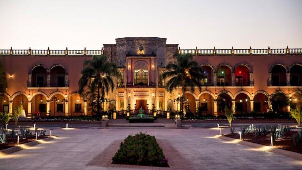 Hacienda_dusk.jpg