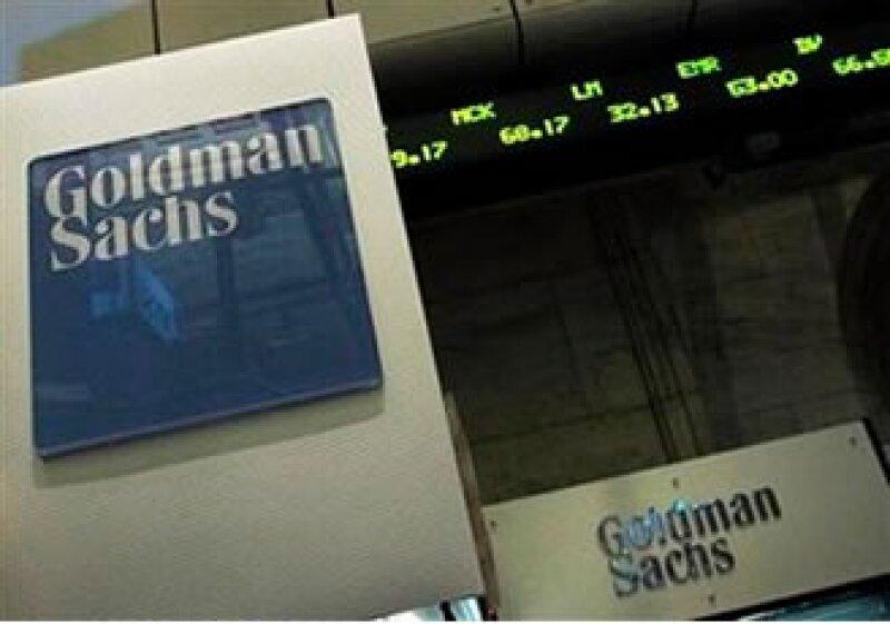 Goldman dijo que la investigación que enfrenta en EU podría afectar sustancialmente su forma de hacer negocios. (Foto: Reuters)