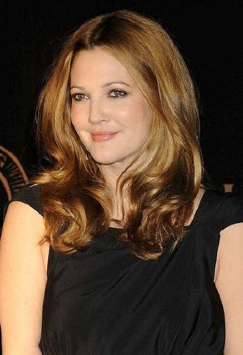 En entrevista para una revista, la actriz habla de su pasada adicción a las drogas, la relación con sus padres y sus amores.