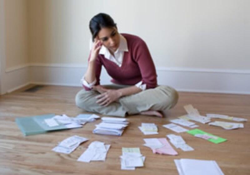 Evita formar parte del Buró de Crédito por no pagar tus impuestos. (Foto: Jupiter Images)
