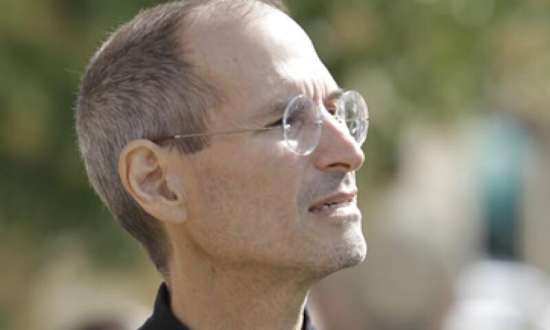 Jobs se arrepintió profundamente de haber postergado una decisión que finalmente podría haberle salvado la vida, según Isaacson. (Foto: AP)