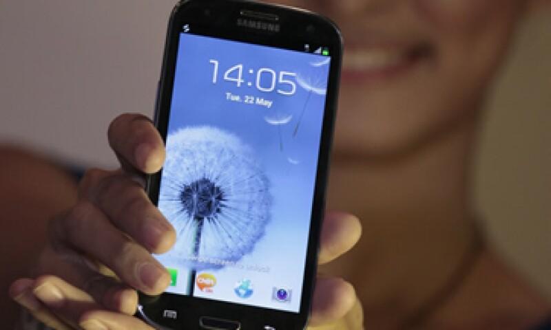El Galaxy S3 intenta competir con el iPhone de Apple. (Foto: AP)
