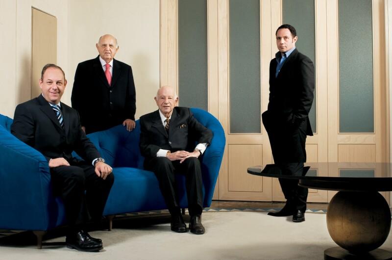 Ari, Maurice, Silvain y Sergio Berger.jpg