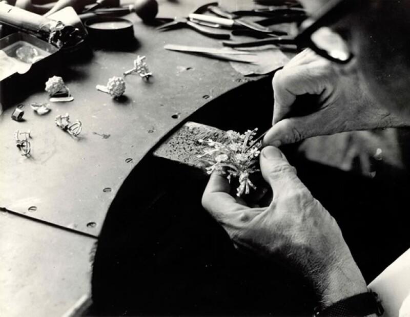H.Stern ideó un certificado de garantía internacional para acreditar la calidad de sus joyas.