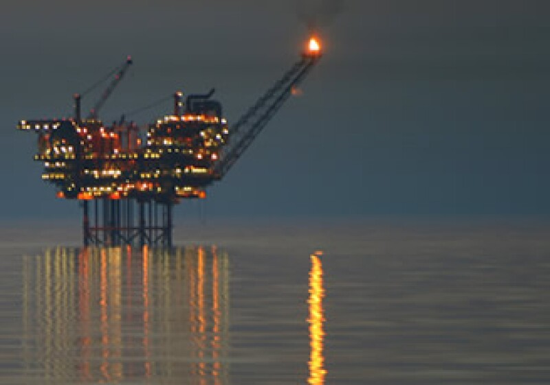 EU anticipará el fin a la veda petrolera que impuso tras la fuga en el Golfo de México. (Foto: Photos to go)