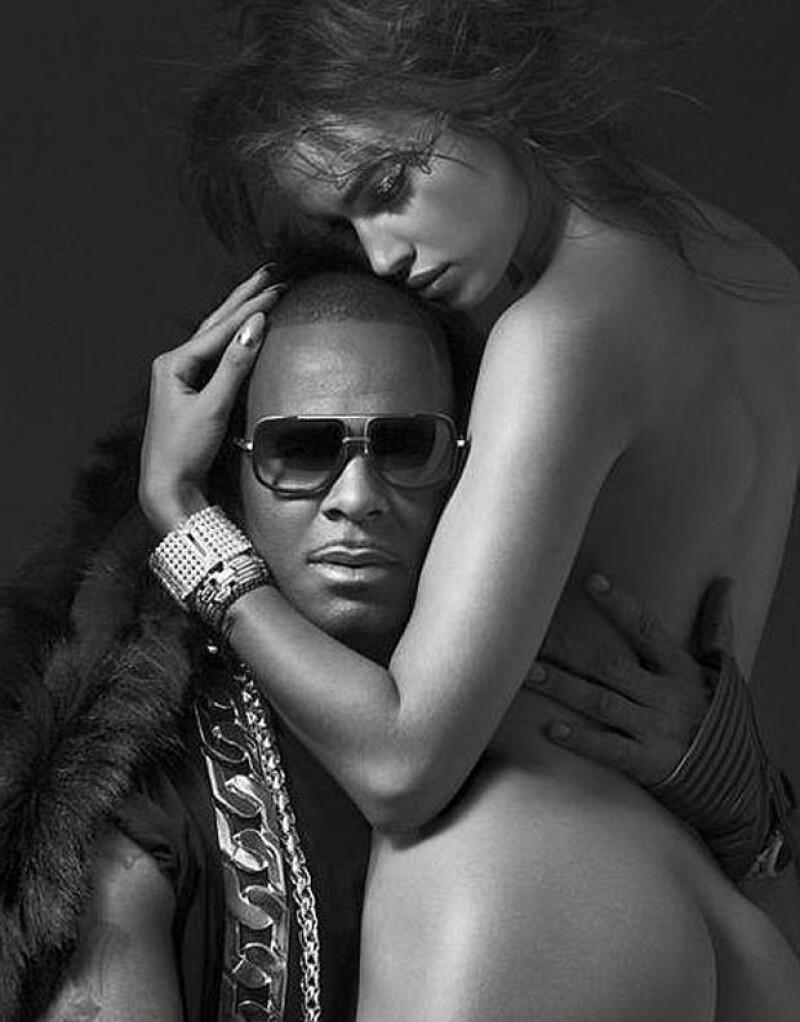 """Según informó el diario """"Mundo Deportivo"""", el astro del futbol está disgustado por las imágenes de la revista V en las que aparece su novia desnuda junto al rapero R. Kelly."""