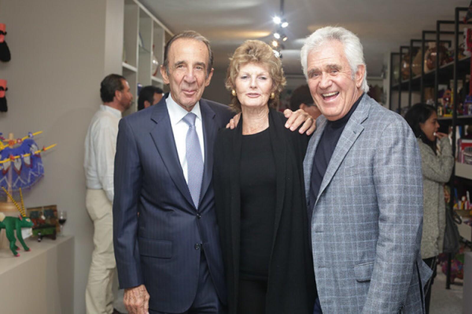 Manuel Arango,Heather y Carlos Herrera
