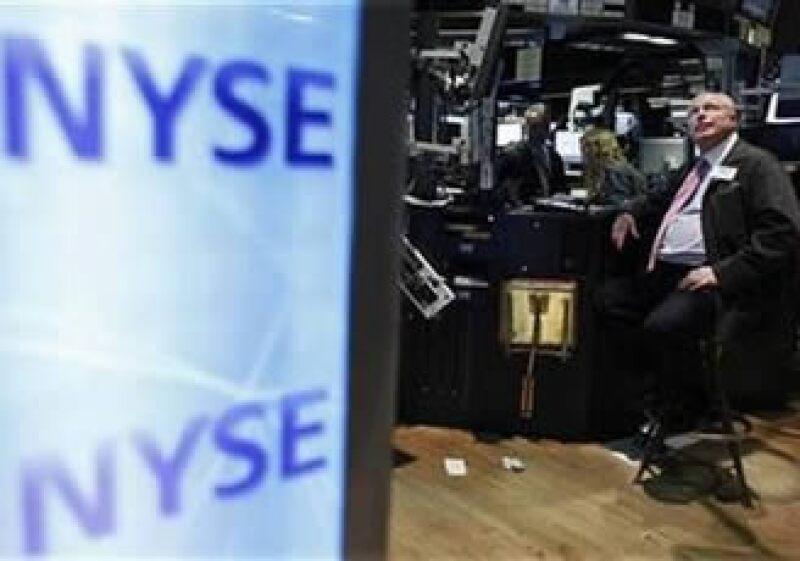 Los inversores reaccionaron a advertencias de Hungría sobre el peligro de que su economía sufra una crisis de deuda. (Foto: Reuters)