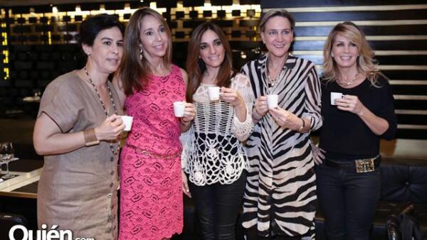 Ángeles Ostolaza, Cristina San Miguel, Melina Sulkin, Rebeca Bernot y Patsy Pepping.