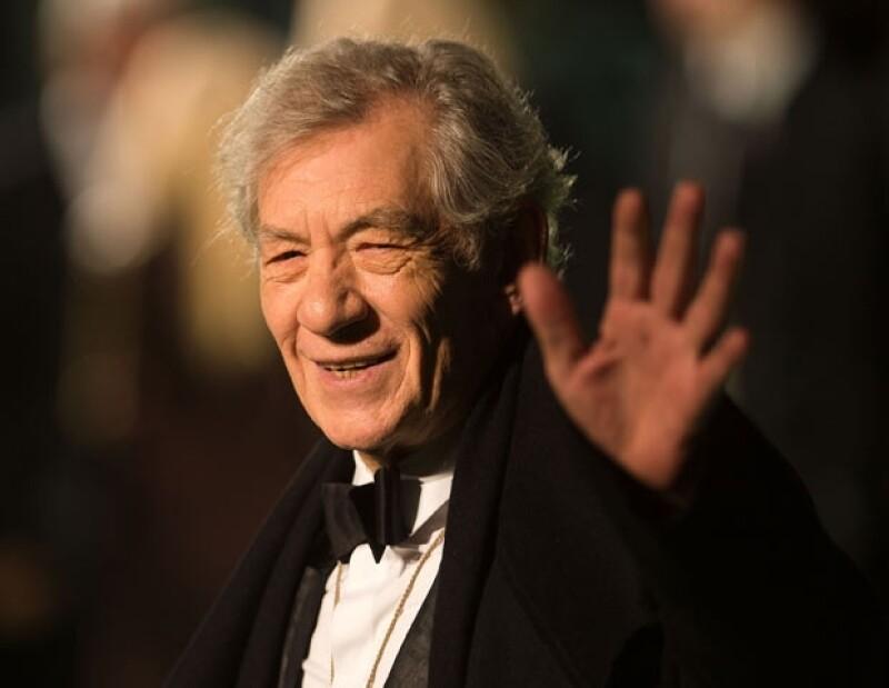 """El actor británico Ian McKellen, de 73 años, mejor recordado por su papel en la trilogía """"El señor de los anillos"""" aclaró que afronta esta enfermedad desde hace 6 años y actualmente está controlada."""