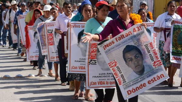 El GIEI ha señalado que las autoridades mexicanas realizaron diligencias fuera del expediente en el caso de la desaparición de los estudiantes normalistas.