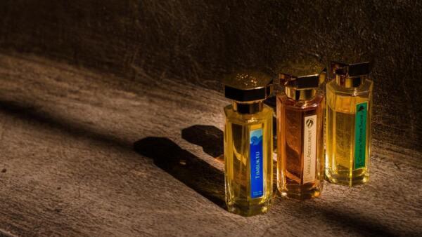 perfume_0.jpg