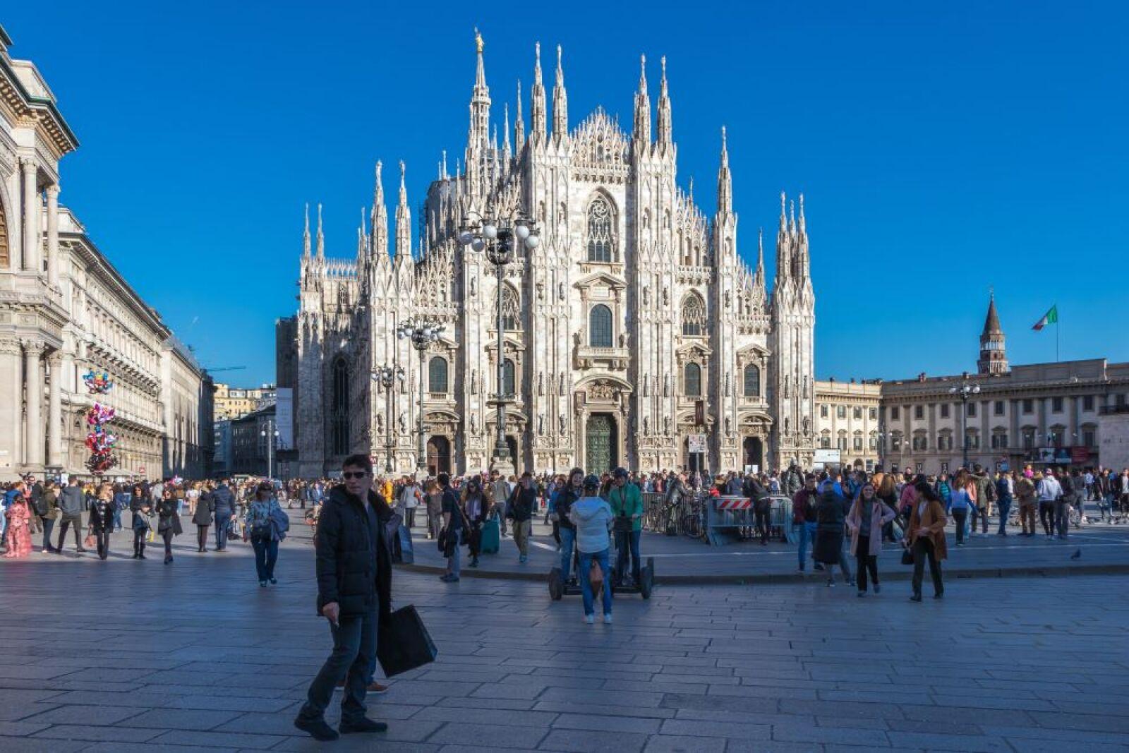 Piazza Duomo 1.JPG